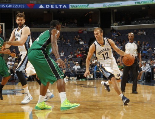 Nick Calathes of the Memphis Grizzlies drives against Ike Ofoegbu of Maccabi Haifa. Credit: Lance Murphey.