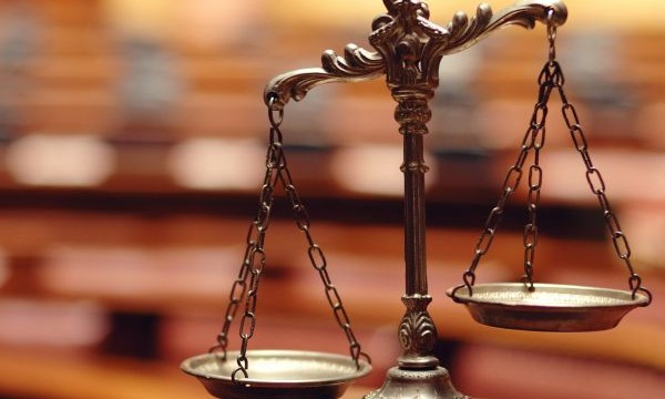 shutterstock_Symbol of law and justice