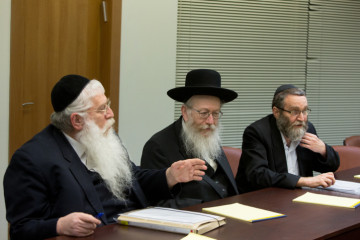 United Torah Judaism meets with Likud in the coalition negotiations. Credit: Yonatan Sindel/FLASH90.